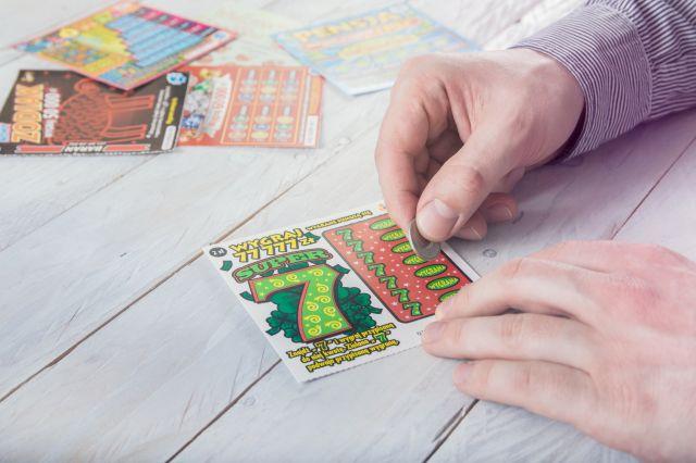 Во Франции безработный выиграл миллион евро в лотерею!